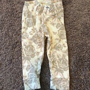 Baby Gap rose print leggings/pants 18-24mo EUC